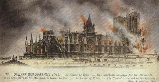 Cathédrale de Reims en feu (Voir Crédits Photos)